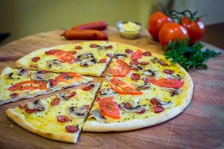 Піца Сенапе-BBQ